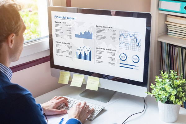 One way to thrive in business accounting is to carefully prioritize tasks